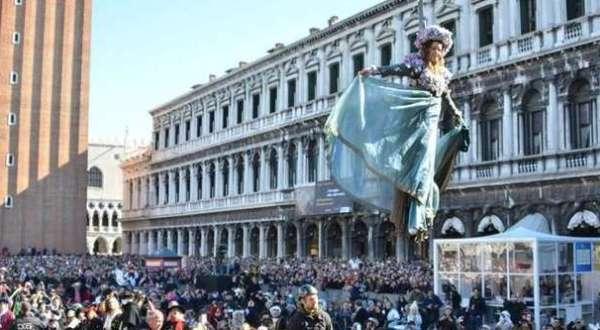 Il Volo dell Angelo al Carnevale di Venezia
