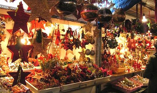 Mercatino di Natale in Piazza Cavour